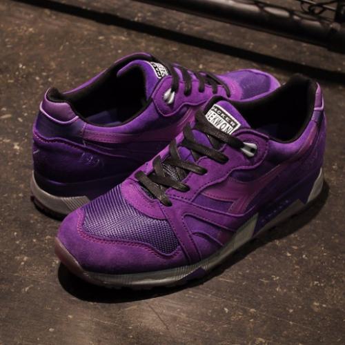 "Wu-Tang ClanのMCであるRAEKWON氏とPacker Shoes、diadoraのコラボモデルN.9000 ""Purple Tape""が発売"