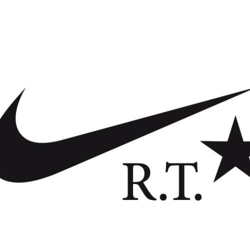 NikeLabは、リカルド・ティッシとのコラボモデルDUNK LUX HIGH x RTを発売