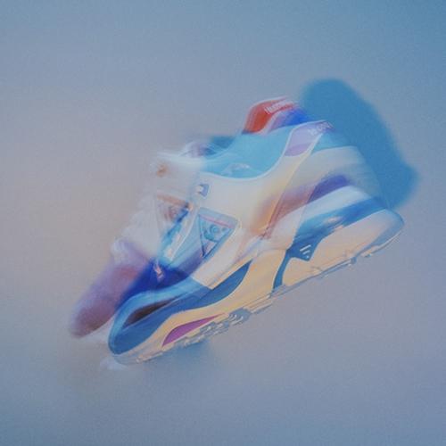 """ルコックスポルティフから、mita sneakersがディ レクションを手掛けたLCS R 921 """"mita sneakers Direction""""が発売"""