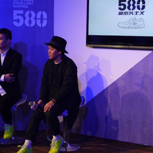 mita sneakers クリエイティブディレクター国井栄之氏が招かれ、上海にて「new balance 580 SHANGHAI EXHIBITION」が開催