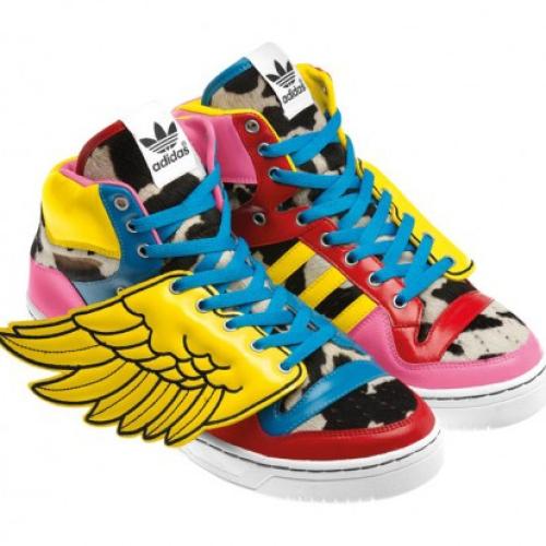 2NE1 x Jeremy Scott x adidas Originals JS Wings
