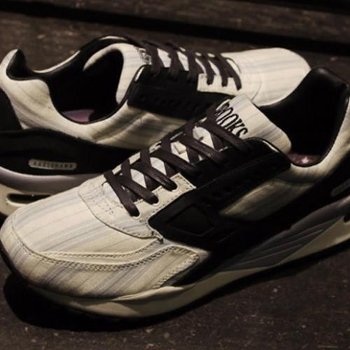 """ブルックスは、通称""""American Dream""""と呼ばれるSNSとのコラボモデルREGENT """"Sneakersnstuff""""を発売"""