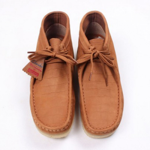 "Supreme x Clarks Originals Wallabees ""Crocodile"""