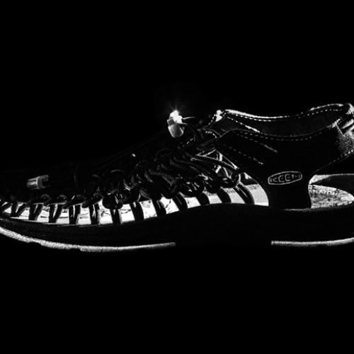 """キーンから、通称""""オープンエアスニーカー""""と呼ばれるUNEEKのmita sneakersコラボレーションモデルが登場"""