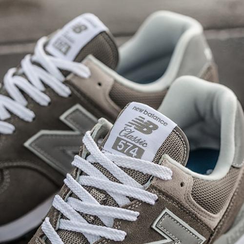 """ニューバランスから、ブランドを象徴する""""グレー""""をまとった574が発売"""